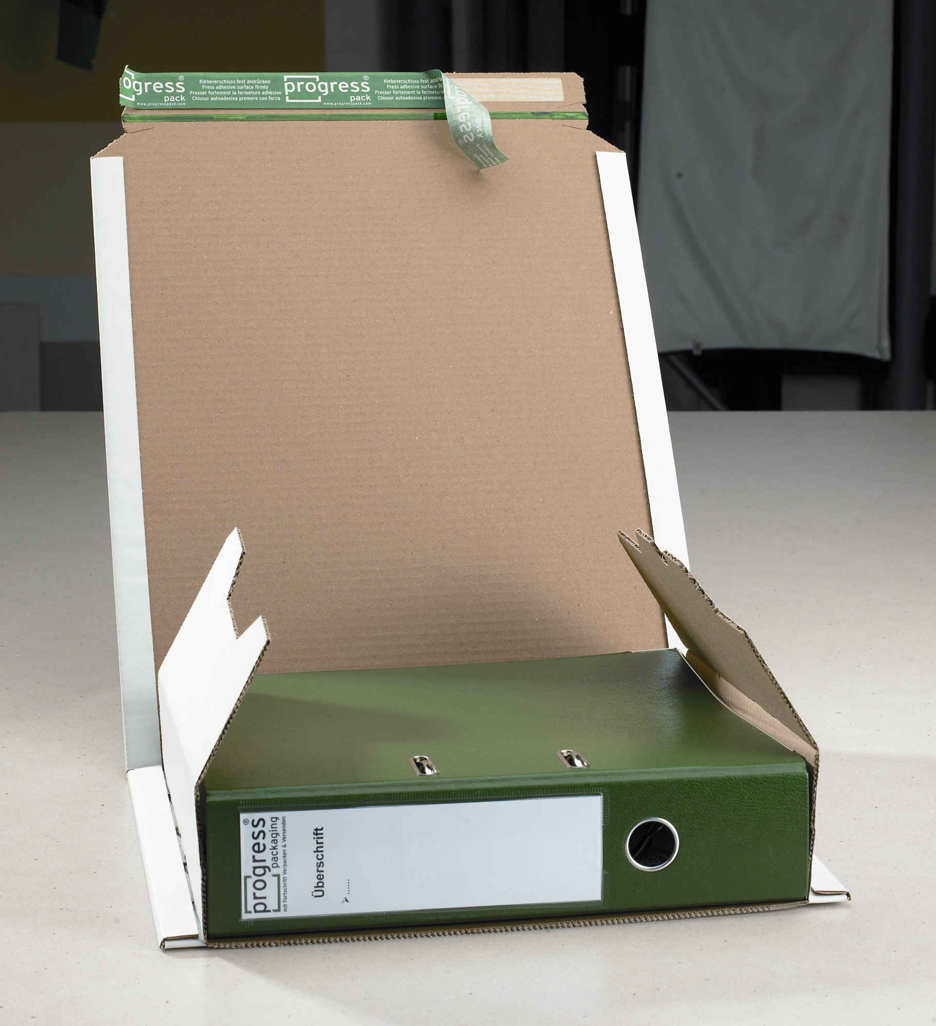 Ordner-Versandverpackung 370x297x90 (weiß)